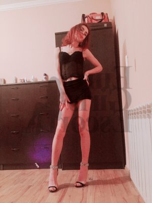 Mell escort girl in Tenafly New Jersey