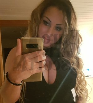 Youssera escort girl in Loma Linda California