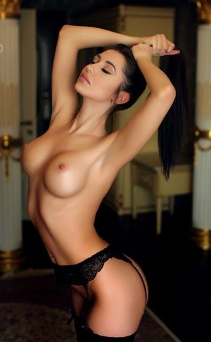 Yvette live escorts in Boulder City