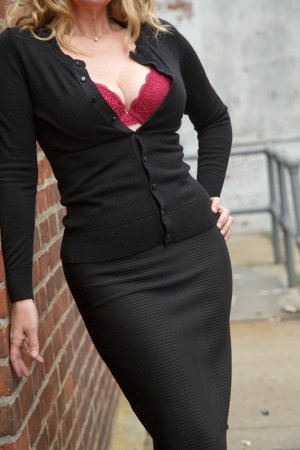 Ritta escorts in Lawrenceville